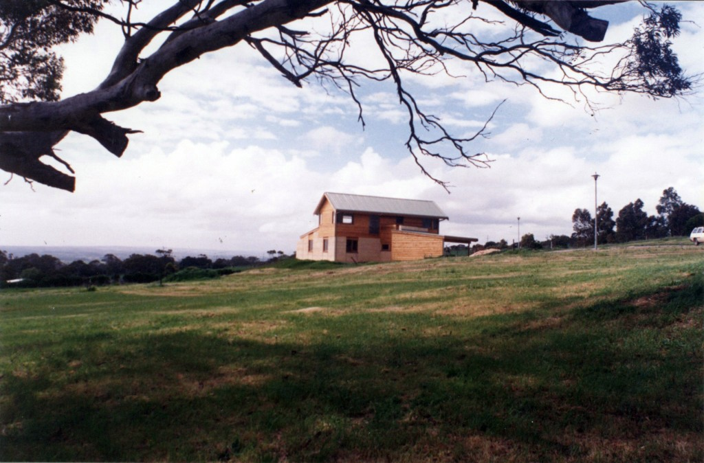 Avery house willunga s a michael watson architects for Adelaide residential architects
